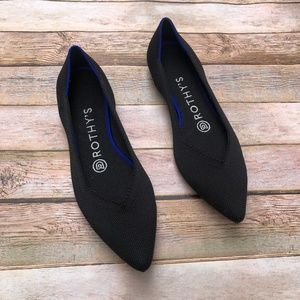 Like New Rothy's Black Solid Pointed Flats